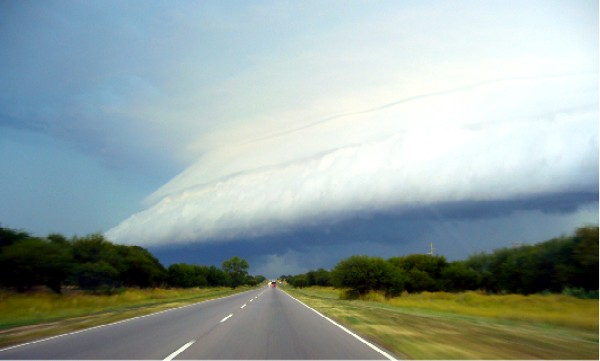20090830225218-santa-rosa-tormenta-temporal.jpg