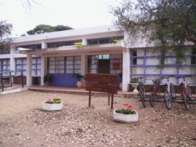 20091203172107-escuela-123-cerrillos.jpg