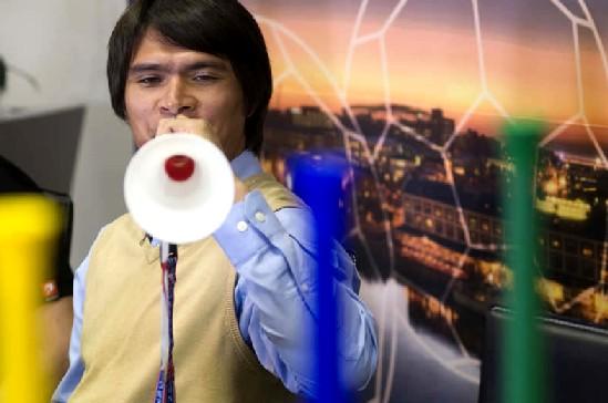 20100624194616-vuvuzelas.jpg