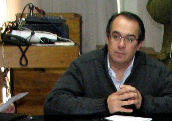 20101028012827-diputado-mahia-carlos.jpg