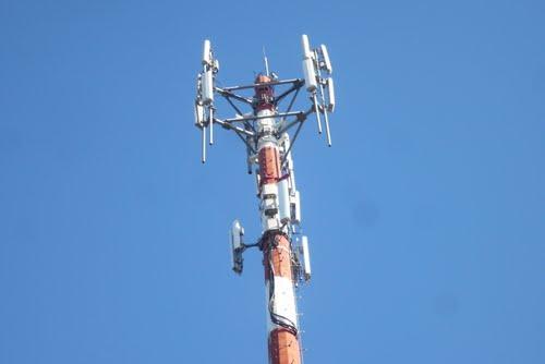 20121026211622-antena-de-celulares.jpg