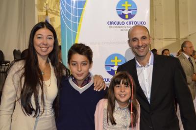 20130301222908-cecilia-lopez-collazo-y-familia.jpg