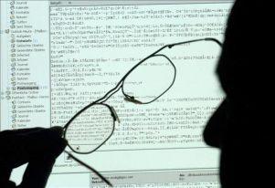 20091108141506-hacker.jpg