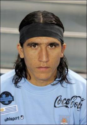 20091214001039-juan-castillo-jugador-uruguay.jpg
