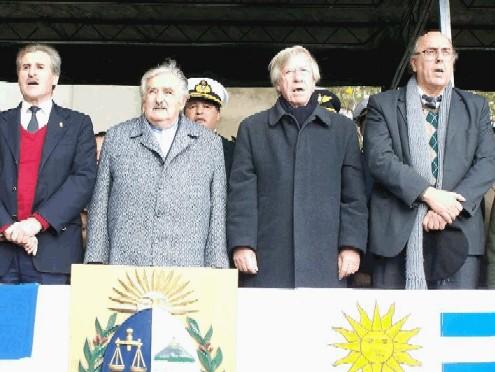 20100620055546-gobierno-uruguayo-en-sauce.jpg