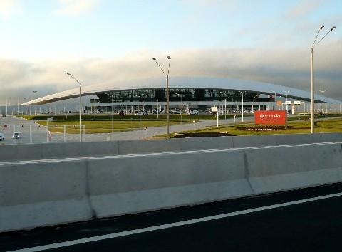 20101129174040-aeropuerto-1140892.jpg