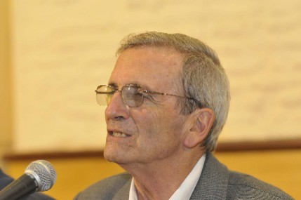 20110119234048-dr.-carlos-sarthou.jpg