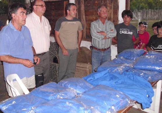 20110310020908-la-floresta-donacion.jpg
