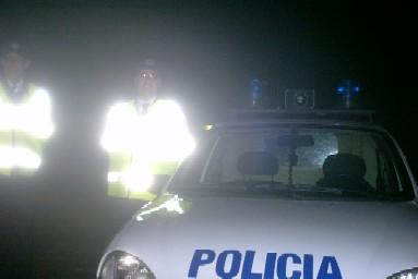 20110630032637-auto-policia-noche-2.jpg