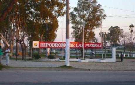 20110701142935-las-piedras-hipodromo-046.jpg