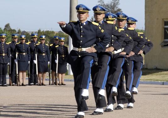 20111108014439-policias.jpg