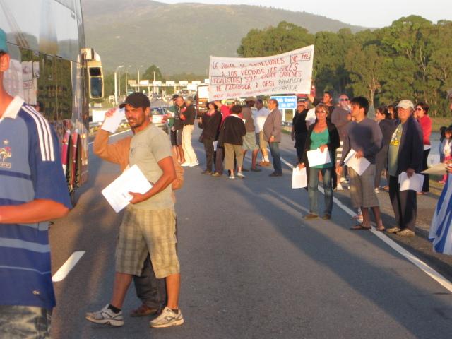 20120110160947-jaure-protesta.jpg