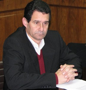 20120121234824-diputado-gustavo-espinosa.jpg