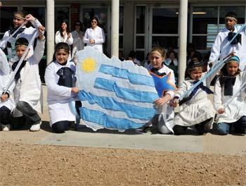 20121025220619-escuela.jpg