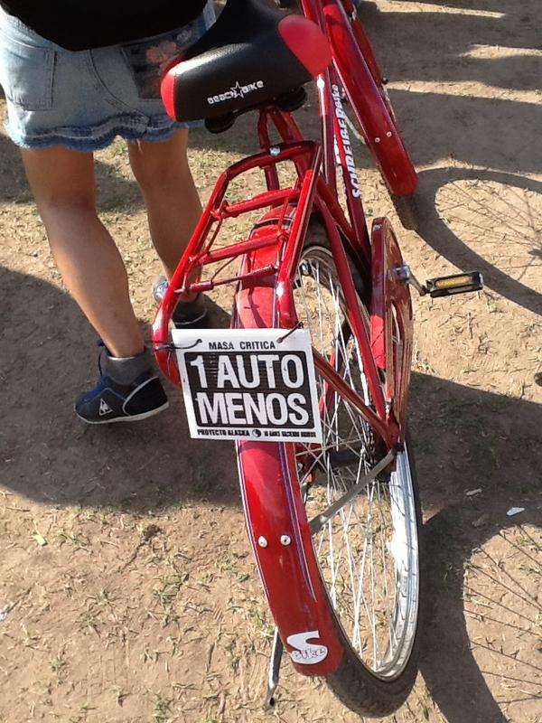20121028185707-bicicleta-cartel.jpg