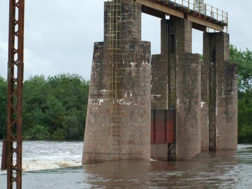 20130616170104-aguas-corrientes-ose.jpg