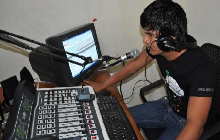 20140114121616-radio-comunitaria.jpg
